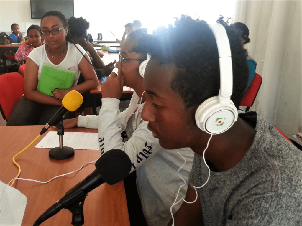 A Addis-Abeba, club webradio en secondaire