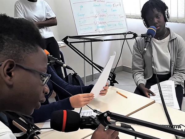 En Côte d'Ivoire, au lycée Mermoz d'Abidjan